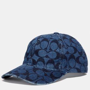 Coach Signature baseball hat